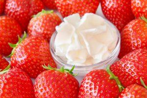 Erdbeeren mit Schlagsahne